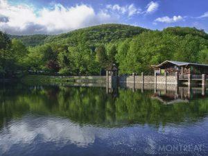 Montreat-Conference-Center-Lake-Susan-in-Summer-300x225
